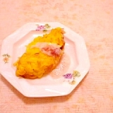 豆乳ドレッシング添え♪ソーセージと玉葱のオムレツ