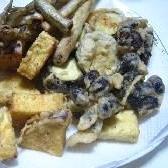 サツマイモと黒豆の天ぷら