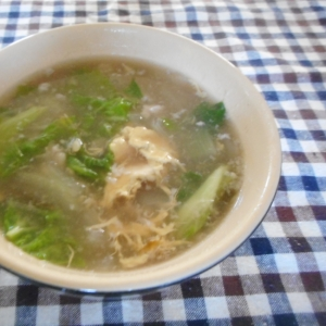 しろ菜と雑穀の卵スープ