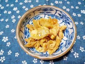 鶏ムネ肉と鶏皮とえのきの炒め物