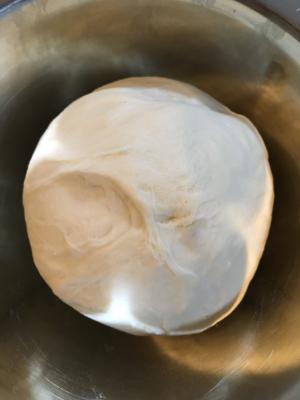 ホームベーカリーでピザ生地☆冷蔵庫で低温発酵