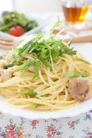 鶏肉とアスパラと水菜の和風クリームスパゲティ
