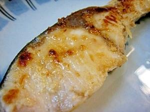 ■フライパン1つで出来る■塩麹漬け焼き魚
