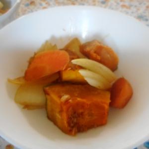 カボチャ、にんじん、玉ねぎのおかか煮