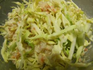 キャベツとカニ缶の簡単サラダ
