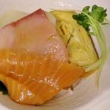 手作りだし柚子醤油でミニ海鮮丼