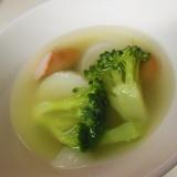 ブロッコリーと長芋とウインナーのコンソメスープ