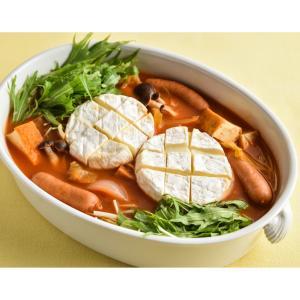 丸ごとカマンベールのトマト鍋
