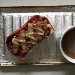 大根ごぼう紅生姜バーグブルーベリーマヨパン