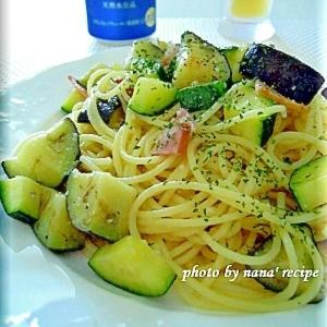 茄子とズッキーニのペペロンチーノ