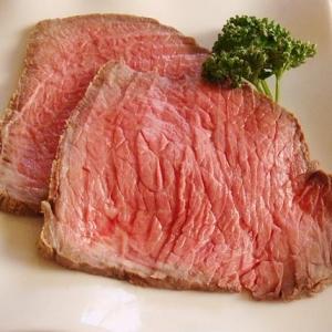 香味野菜がポイント!ローストビーフ