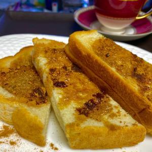 黒糖バターのシナモントースト