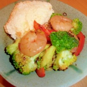 エビとブロッコリーのマヨ炒め丼