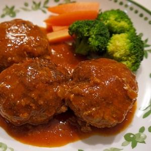 挽き肉とケチャップで簡単煮込みハンバーグ♪
