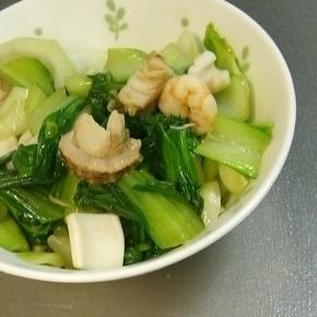 青梗菜とシーフードのオイスターソース炒め