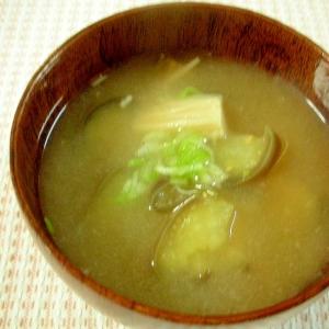 ☆なすとエノキタケの味噌汁☆