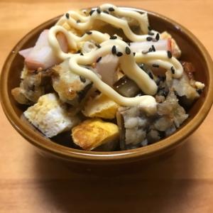 ナスの天ぷらと卵焼き、カニカマのっけごはん