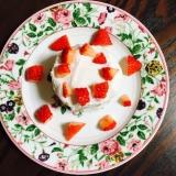 1歳バースデーに☆ベビーダノンで苺のケーキ
