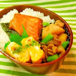 焼き鮭&肉じゃが弁当☆