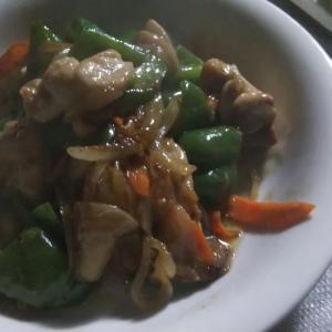 鶏とピーマンのオイマヨ炒め