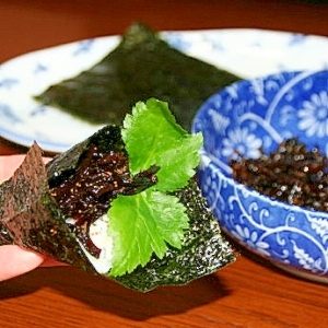 楽天市場商品のコラボレシピ♪きくらげの手巻海苔ご飯