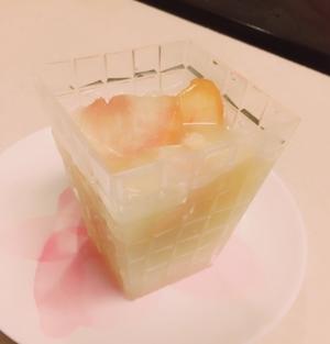 桃のカルピスゼリー