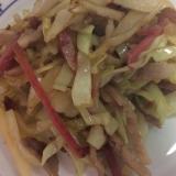 紅生姜と豚肉キャベツの炒め物