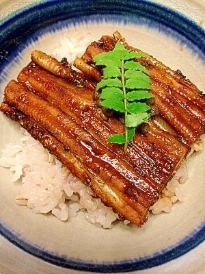 ホクホク絶品☆国産の焼き穴子丼