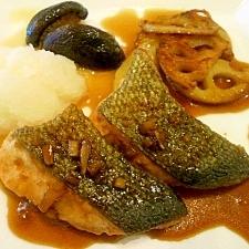 鮭のしょうが風味照り焼き 大根おろし添え