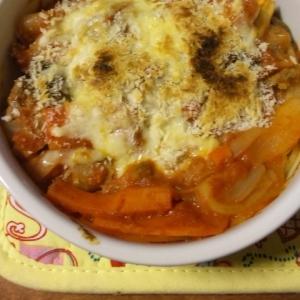 トマトパスタのチーズ焼き