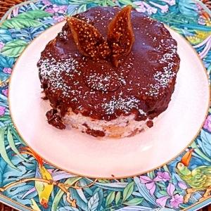 すぐ出来る!フィグ&レーズンのチョコアイスケーキ