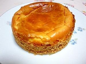 カスタードクリーム入りのチーズケーキ