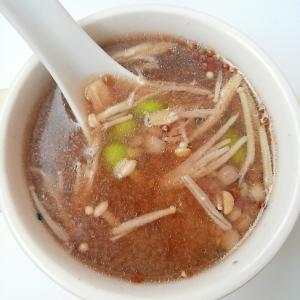 ごま油香る☆三十雑穀と枝豆とえのきのヘルシースープ