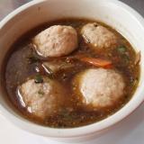 黒ごまの鶏つくねスープ