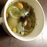 玉ねぎとミックスビーンズのスープ