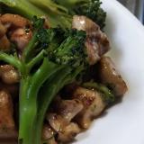 鶏肉とブロッコリーのガリバタ