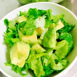 ★今日のサラダ♪アボカド&レタスで緑のサラダ
