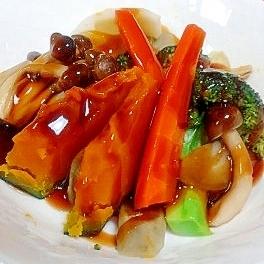 野菜の旨味がぎゅっ!彩り蒸し野菜の黒酢あんかけ♪