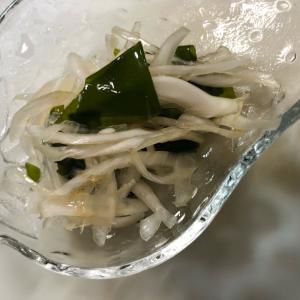 新玉葱とわかめのポン酢和え(^^)