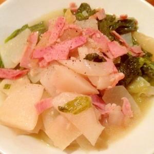 蕪とレタスとベーコンのスープ煮