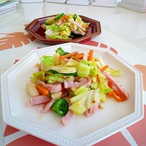 醤油麹を使ってハムと野菜の炒めもの♪