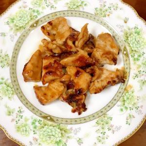 鶏むね肉の柔らかオレンジ玉ねぎソース