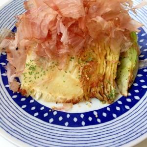 ドォーン と 丸ごとキャベツの温サラダ♪