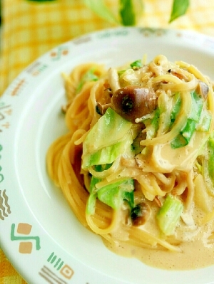 トロ~リ♪キャベツとシメジの豆乳クリームスパゲティ