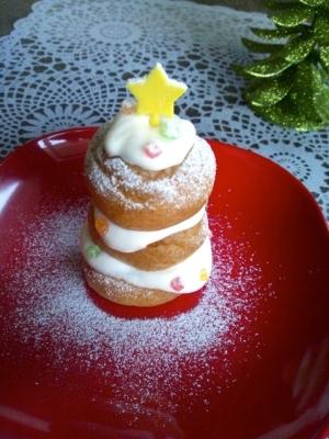 プチシューで☆ホワイトクリスマスツリー