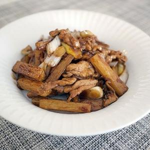 豚肉と長芋の黒酢炒め