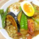 鶏手羽元の野菜たっぷりスープカレー