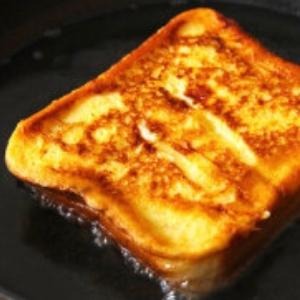 節約の逸品フレンチトースト!余った食パンで(^^)