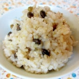 圧力鍋でお豆と麦と昆布のご飯