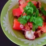 トマトとタコのガリバタ炒め